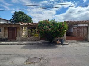 Casa En Ventaen Palo Negro, El Orticeño, Venezuela, VE RAH: 20-4955