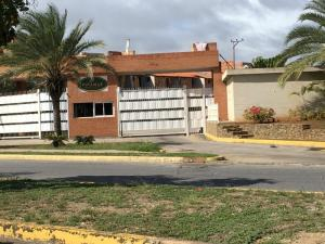 Apartamento En Ventaen Margarita, Sabanamar, Venezuela, VE RAH: 20-5191
