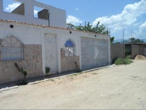 Casa En Ventaen Municipio Costa De Oro, Bahia De Cata, Venezuela, VE RAH: 20-4923