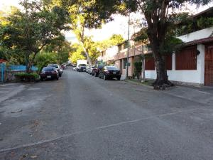 Casa En Ventaen Caracas, Santa Cecilia, Venezuela, VE RAH: 20-4933