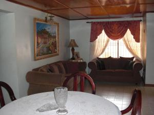 Casa En Ventaen Coro, Centro, Venezuela, VE RAH: 20-4991
