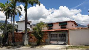 Casa En Ventaen Caracas, Colinas De La California, Venezuela, VE RAH: 20-5012