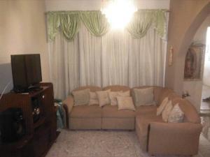 Casa En Ventaen Coro, Sector Concordia, Venezuela, VE RAH: 20-5020