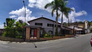 Casa En Ventaen Caracas, La Lagunita Country Club, Venezuela, VE RAH: 20-5018