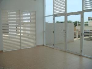 Apartamento En Alquileren Maracaibo, Avenida El Milagro, Venezuela, VE RAH: 20-5041