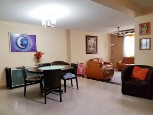 Casa En Ventaen Coro, Sector Bobare, Venezuela, VE RAH: 20-5044