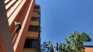 Apartamento En Ventaen Maracaibo, La Lago, Venezuela, VE RAH: 20-5046