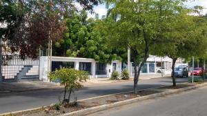 Casa En Ventaen Maracaibo, Calle 72, Venezuela, VE RAH: 20-5053