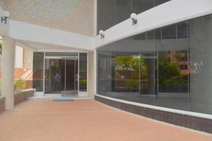 Apartamento En Ventaen Maracaibo, La Lago, Venezuela, VE RAH: 20-5063