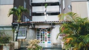 Apartamento En Ventaen Los Teques, Municipio Guaicaipuro, Venezuela, VE RAH: 20-6326