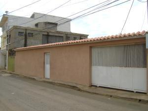 Casa En Ventaen Maracaibo, Avenida Milagro Norte, Venezuela, VE RAH: 20-5083