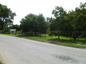 Terreno En Ventaen Municipio Carlos Arvelo, Guigue, Venezuela, VE RAH: 20-5090