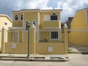 Casa En Ventaen Charallave, Vista Linda, Venezuela, VE RAH: 20-5099