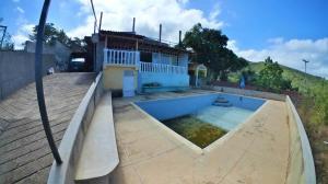 Casa En Ventaen Parroquia Carayaca, Sector Taguao, Venezuela, VE RAH: 20-5136
