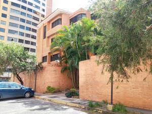 Apartamento En Ventaen Valencia, Agua Blanca, Venezuela, VE RAH: 20-5221