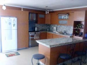 Apartamento En Ventaen Maracaibo, El Milagro, Venezuela, VE RAH: 20-5183