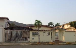 Casa En Ventaen Valencia, La Viña, Venezuela, VE RAH: 20-5222