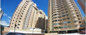 Apartamento En Ventaen Valencia, Las Chimeneas, Venezuela, VE RAH: 20-5264