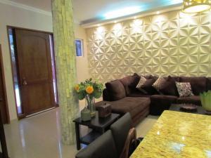 Casa En Ventaen Maracaibo, Lago Mar Beach, Venezuela, VE RAH: 20-5269