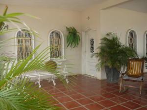 Casa En Ventaen Cabimas, Zulia, Venezuela, VE RAH: 20-5291