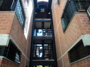 Apartamento En Ventaen Guarenas, Terrazas Del Este, Venezuela, VE RAH: 20-5301
