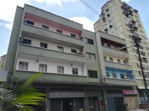 Apartamento En Ventaen Caracas, Parroquia Altagracia, Venezuela, VE RAH: 20-5322