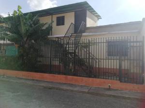 Casa En Ventaen Barquisimeto, Parroquia Concepcion, Venezuela, VE RAH: 20-5336