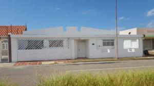 Casa En Ventaen Punto Fijo, Las Virtudes, Venezuela, VE RAH: 20-5346