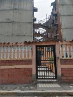 Apartamento En Ventaen Guatire, Vicente Emilio Sojo, Venezuela, VE RAH: 20-5355