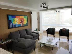 Apartamento En Ventaen Caracas, La Boyera, Venezuela, VE RAH: 20-5358