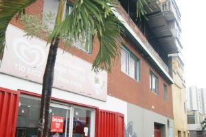 Local Comercial En Alquileren Caracas, Los Rosales, Venezuela, VE RAH: 20-5397