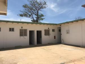 Casa En Ventaen Punto Fijo, Caja De Agua, Venezuela, VE RAH: 20-5400