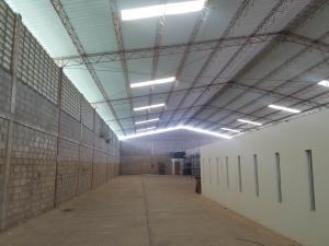 Galpon - Deposito En Alquileren Maracaibo, Zona Norte, Venezuela, VE RAH: 20-5414