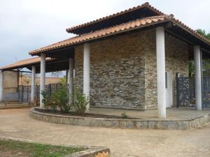 Terreno En Ventaen Valencia, Guataparo, Venezuela, VE RAH: 20-5427