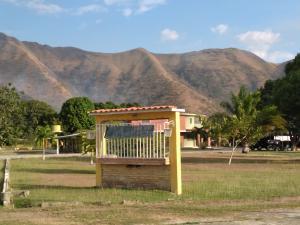 Casa En Ventaen Guacara, Yagua, Venezuela, VE RAH: 20-6152
