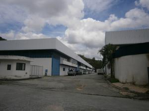 Galpon - Deposito En Ventaen Municipio San Diego, Terrazas De Castillito, Venezuela, VE RAH: 20-5421