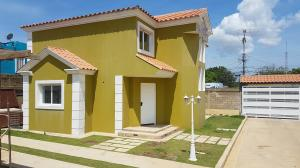 Townhouse En Ventaen Coro, Centro, Venezuela, VE RAH: 20-5448