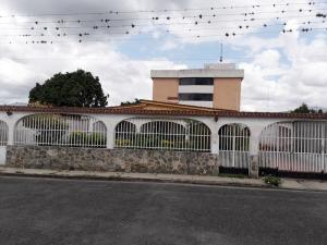Casa En Ventaen Municipio Bejuma, Bejuma, Venezuela, VE RAH: 20-5495