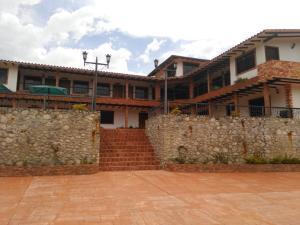 Club Campestre En Ventaen Tabay, Mucunutan, Venezuela, VE RAH: 20-5526
