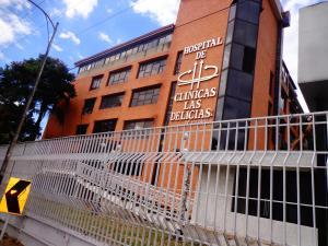 Consultorio Medico  En Ventaen Maracay, Las Delicias, Venezuela, VE RAH: 20-5545