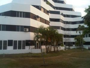 Apartamento En Ventaen Rio Chico, Los Canales De Rio Chico, Venezuela, VE RAH: 20-5554