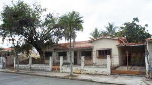 Casa En Ventaen Valencia, Valles De Camoruco, Venezuela, VE RAH: 20-5633