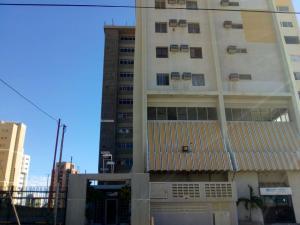 Apartamento En Alquileren Maracaibo, Avenida Bella Vista, Venezuela, VE RAH: 20-5662