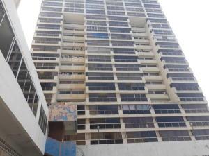 Apartamento En Ventaen Catia La Mar, Playa Grande, Venezuela, VE RAH: 20-5663