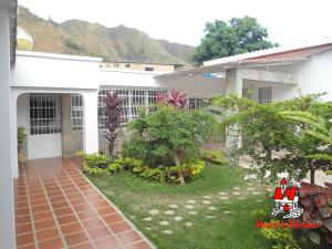 Casa En Ventaen Maracay, La Pedrera, Venezuela, VE RAH: 20-5669