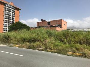 Terreno En Ventaen Guatire, Vega Arriba, Venezuela, VE RAH: 20-5695