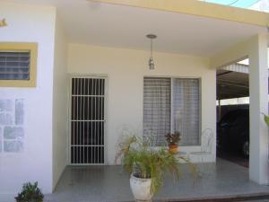 Casa En Ventaen Maracaibo, Sabaneta, Venezuela, VE RAH: 20-5714