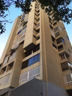 Apartamento En Ventaen Caracas, Terrazas Del Avila, Venezuela, VE RAH: 20-5764