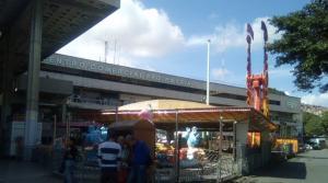 Local Comercial En Ventaen Caracas, Propatria, Venezuela, VE RAH: 20-5957