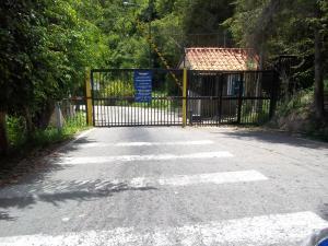 Terreno En Ventaen Municipio Los Salias, Mirador Panamericano, Venezuela, VE RAH: 20-5784